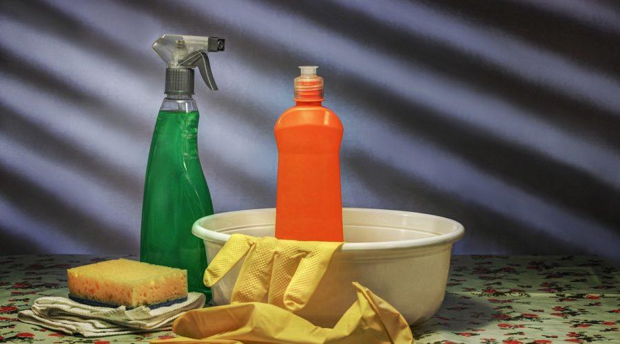matratzenreiniger-mittel-spray